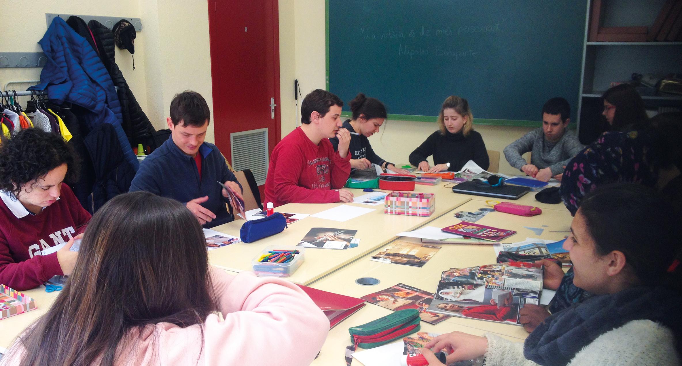 Àrea laboral d'Astrid-21. Formació ocupacional a grup de joves